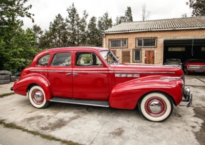 Buick Special 1940 Red AS 3