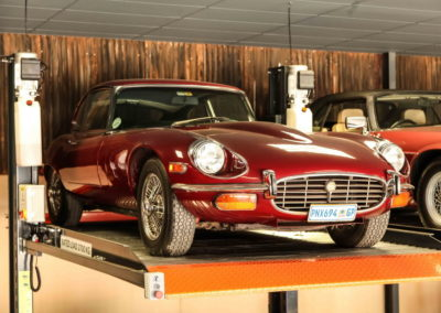 Jaguar E-Type V12 Coupe Maroon AS-1