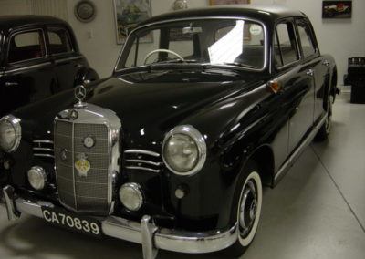 Mercedes 180 Ponton 1955 Black