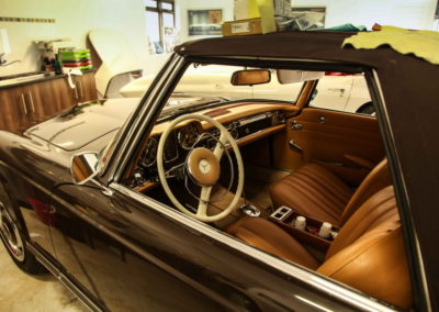 Mercedes Pagoda 280SL Convertible Brown AS-2