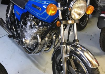 Suzuki Cafe Racer style 750cc blue AS 2