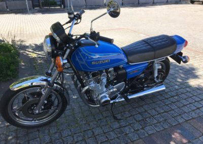 Suzuki Cafe Racer style 750cc blue AS 5
