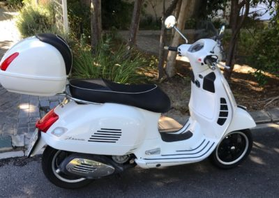 Vespa Scooter GTS 300 Super White AS 3