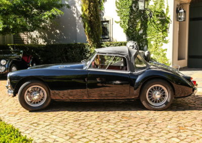 MGA 1959 Convertible Black AS-3