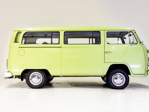 VW Combi 1971 Lime Green