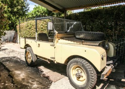 Land Rover 1 1957 Beige AS-002